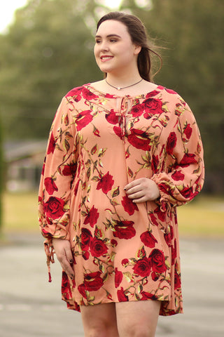 Rising Up - Floral Dress With Front And Sleeve Details - Plus