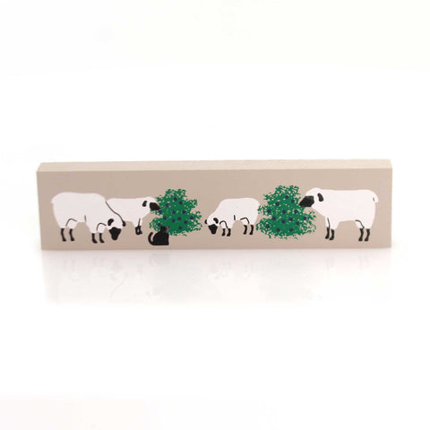 Cats Meow Village BERRIES & SHEEP Wood Accessory Retired Ewe 233 33707
