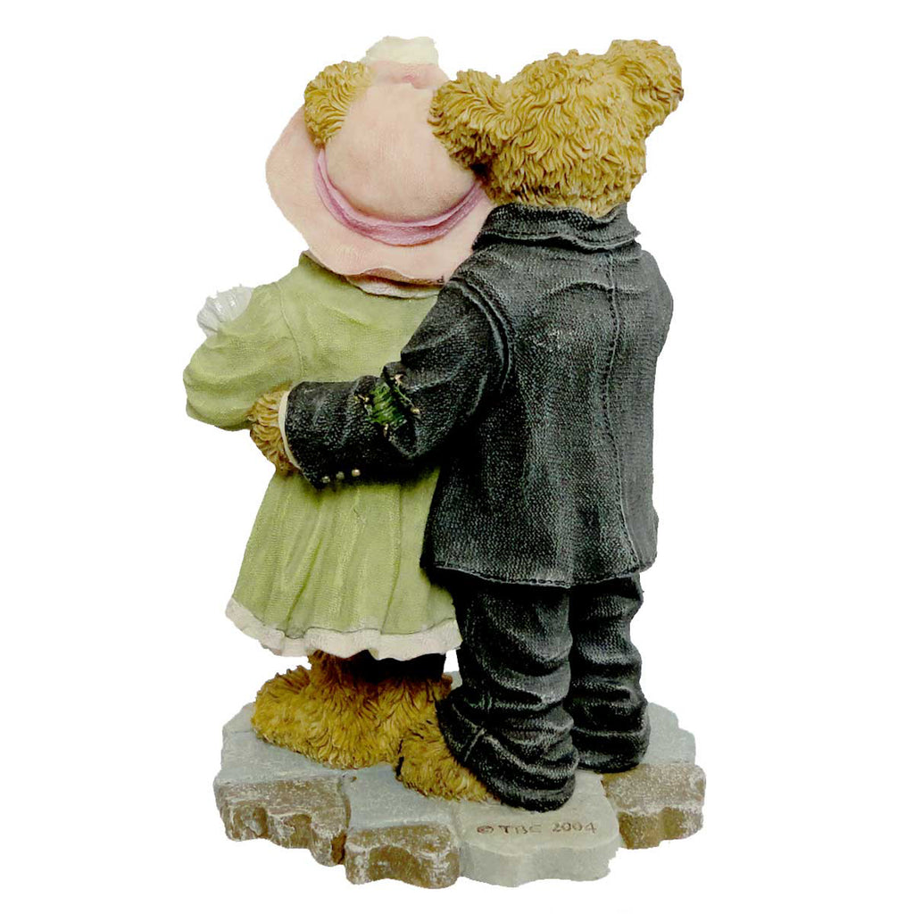 Boyds Bears Resin James & Kathleen With Baby Blessings Figurine | SBKGifts.com