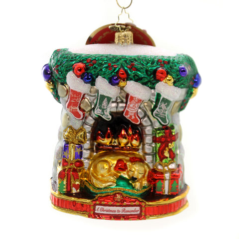 Christopher Radko HOLIDAY HEARTH Glass Ornament Christmas Remember 1019591 36984