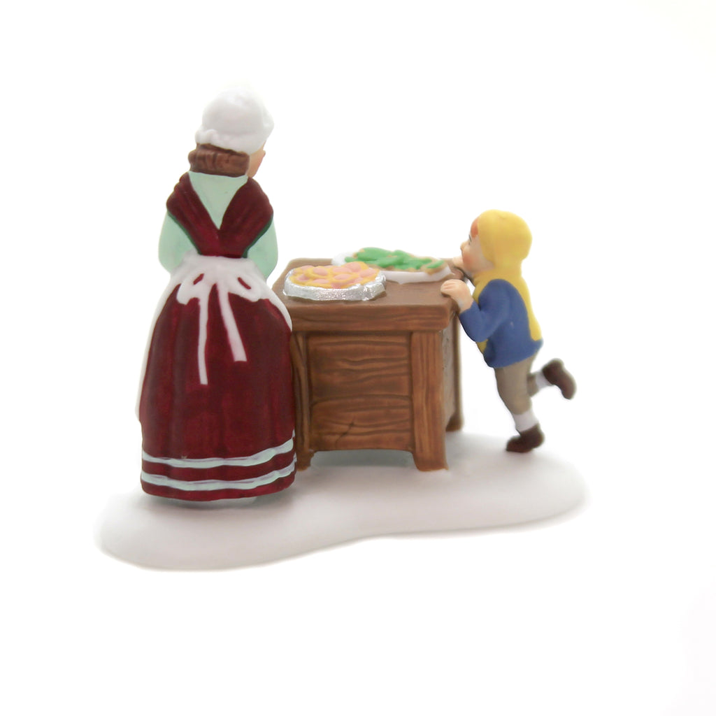 Department 56 Accessory CHRISTMAS COOKIE SPECIAL New England Village 6003104