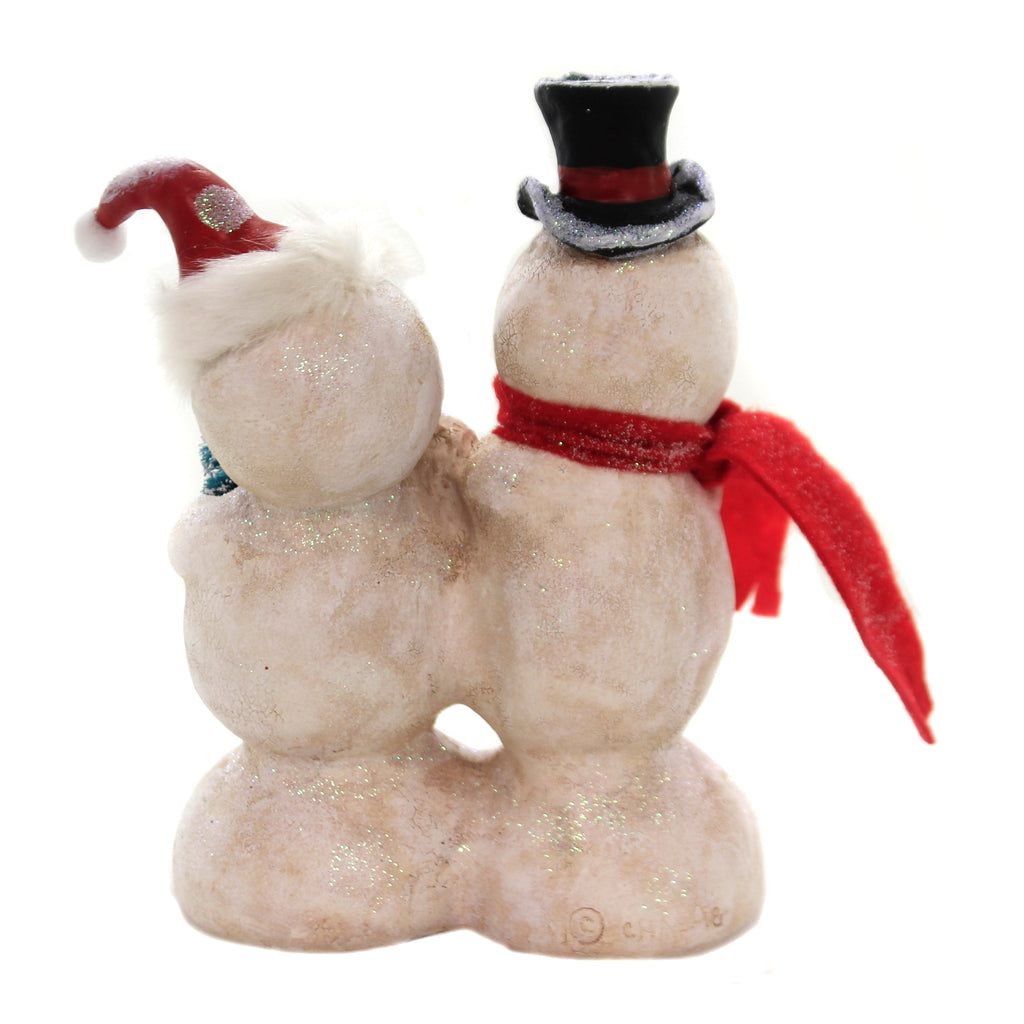 Christmas KISS ME Polyresin Snow Couple Holiday 24127