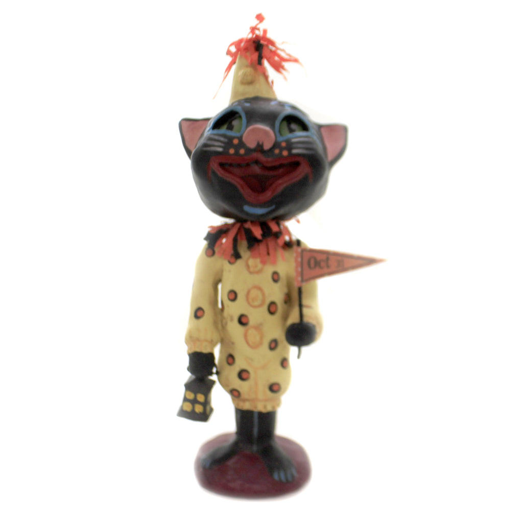 Trick Or Treat Tabby 43003 Jorge De Rojas Figurines - SBKGIFTS.COM - SBK Gifts Christmas Shop Cincinnati - Story Book Kids