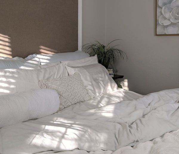 How to Select Bedding for a Murphy Bed