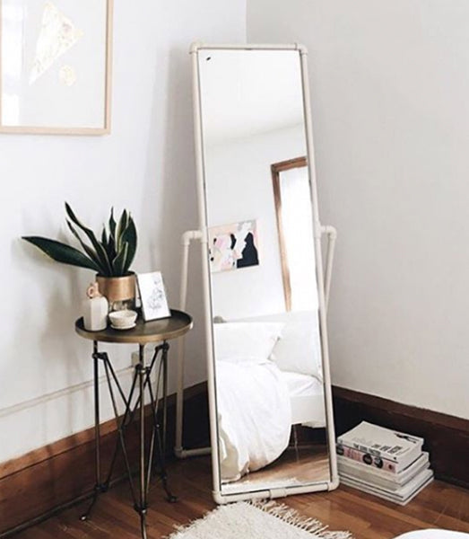 Image via urbanoutfitters.com | ALIGN : RIGHT