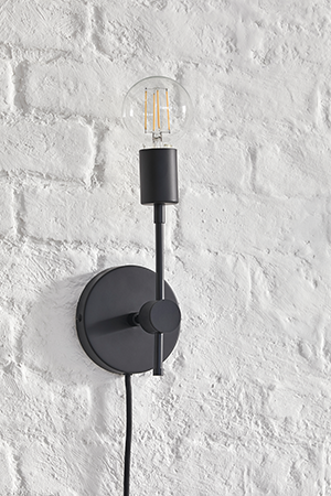 Plug-In Solo Sconce by Color Cord Company | ALIGN : LEFT