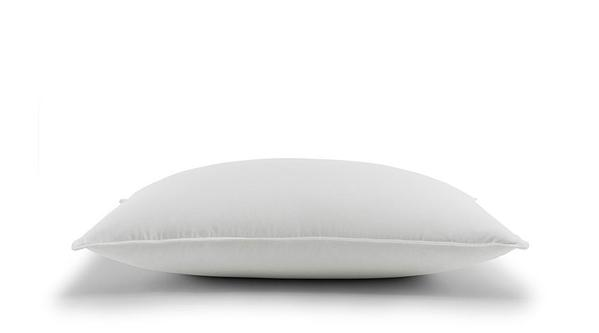 Down pillow in firm