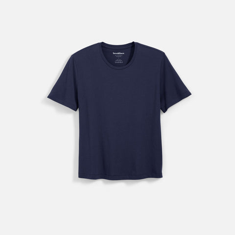 Shown in Navy / M