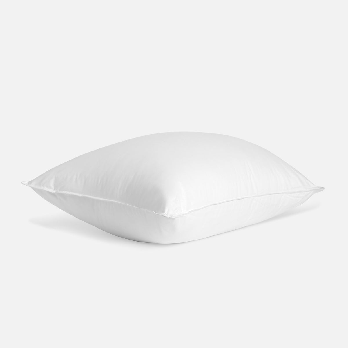 Down Pillow / Firm