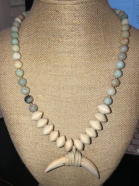 Bohemian Bliss Boutique,Beaded Wood Horn Necklace,Necklaces,Golden Stella
