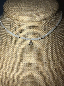 Star Beaded Choker Necklace