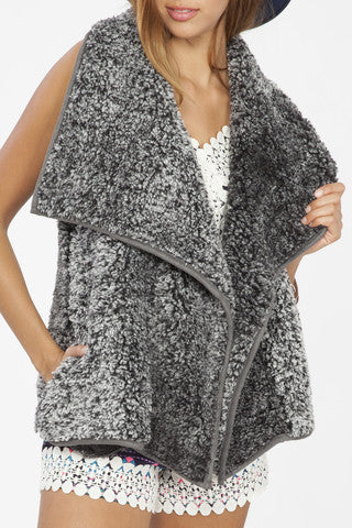 Bohemian Bliss Boutique,Two Tone Fur Vest - Charcoal,Tops,Peach Love