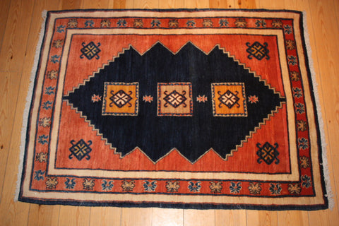 Gabbeh Rug 140x105 Z1265 - Persian Tribal Rugs