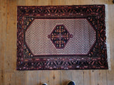 Enjelas Rug 110x83 Z4693 - Persian Tribal Rugs