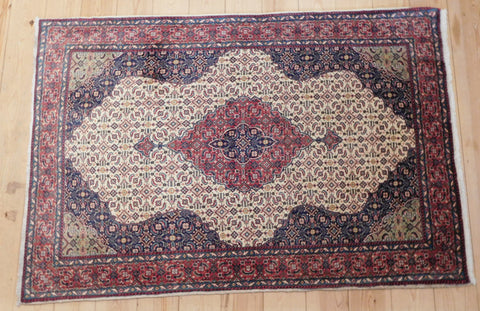Sarouk Rug 150x100 Z4696 - Persian Tribal Rugs