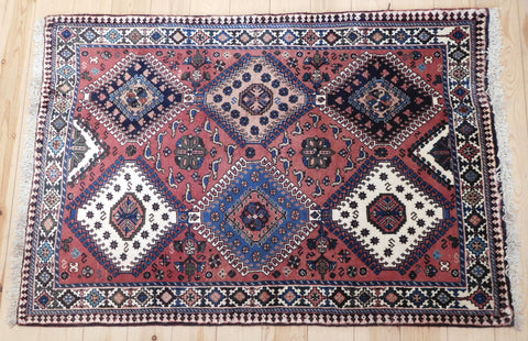 Yalameh Rug 150x103 Z2936 - Persian Tribal Rugs