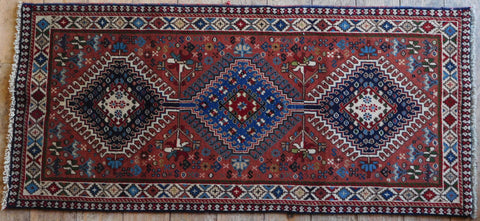 Yalameh Rug 128x77 Z5365 - Persian Tribal Rugs