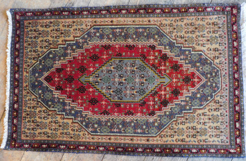 Senneh Rug 85x54 Z5354 - Persian Tribal Rugs