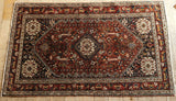 Abadeh Rug 166x100 Z5317 - Persian Tribal Rugs