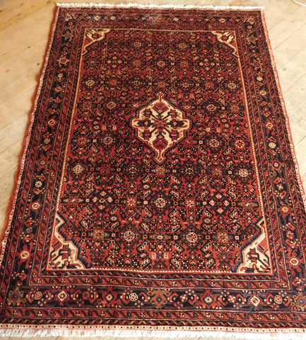 Hossein Abad Rug 213x157 Z5409 - Persian Tribal Rugs