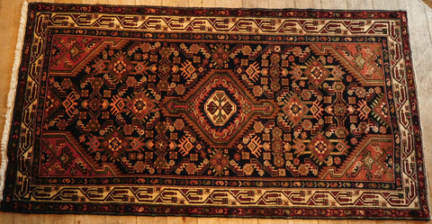 Asadabad Rug 198x104 Z5306 - Persian Tribal Rugs