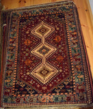 Yalameh Rug 140x103 Z4128 - Persian Tribal Rugs