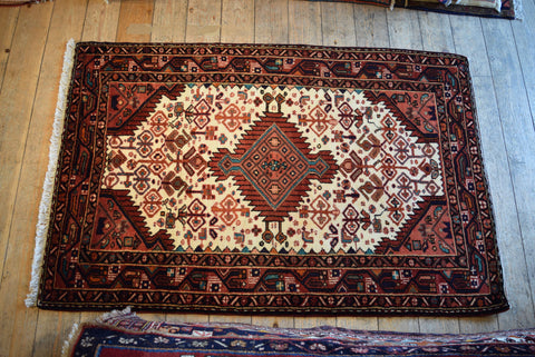 Asadabad Rug 160x105 Z4689 - Persian Tribal Rugs