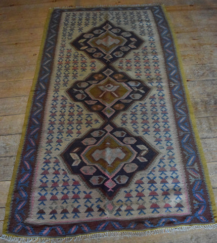 Persian Kilim 176x100 Z4658 - Persian Tribal Rugs