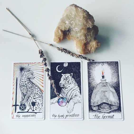 FULL MOON TAROT CARD READING