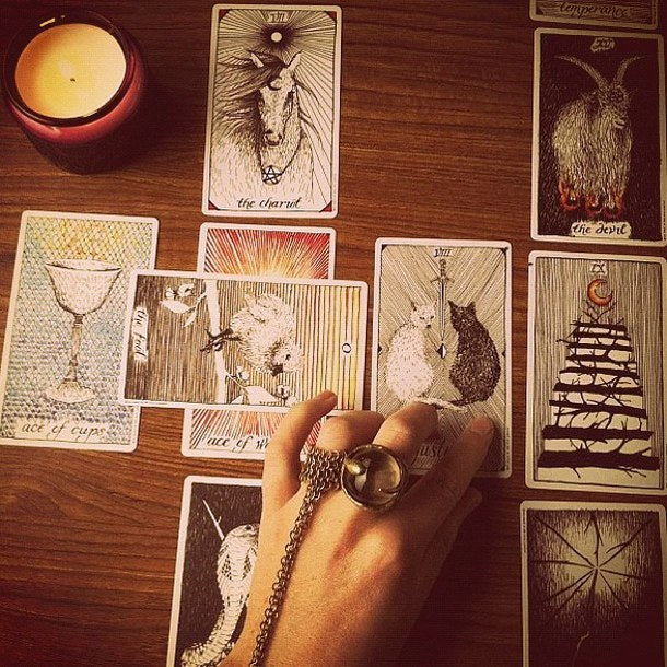 WHAT BINDS YOU?  TAROT CARD READING