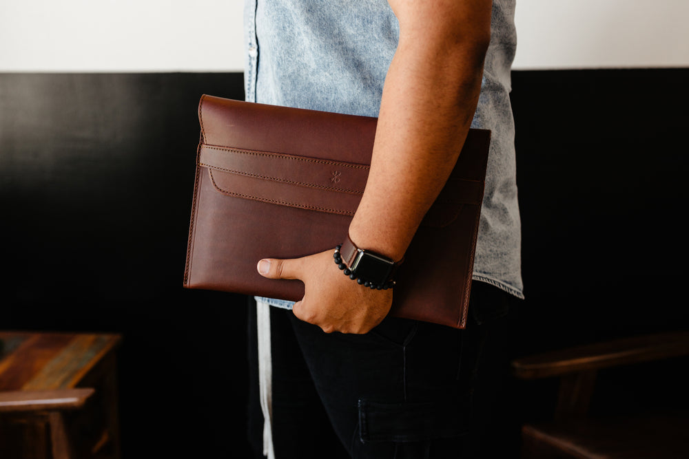 Load image into Gallery viewer, Leather iPad Pro Envelope Case - Chestnut
