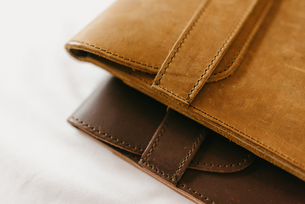 Load image into Gallery viewer, Leather iPad Pro Envelope Case - Tobacco