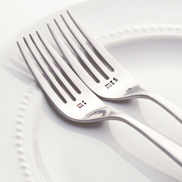 Mr and Mrs - Stamped Wedding Forks Set