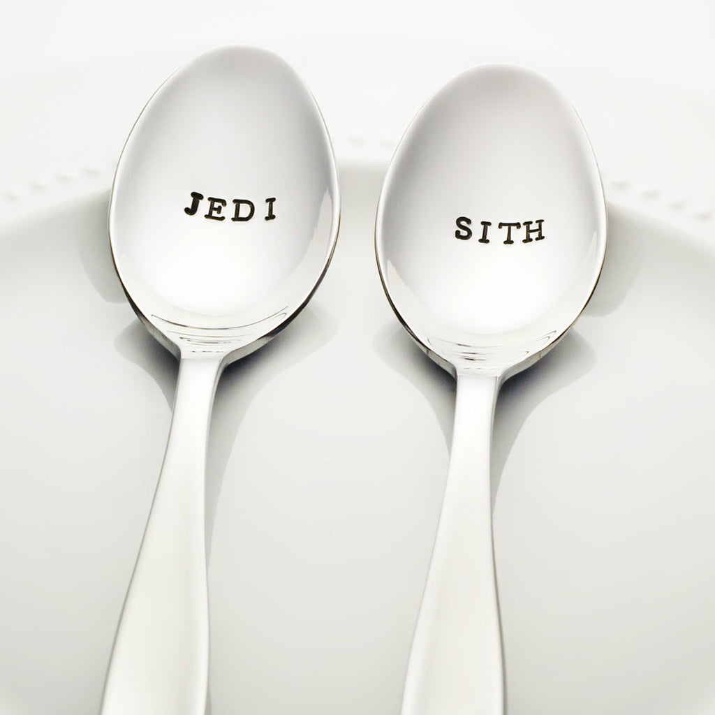 "Star Wars: ""JEDI"" and ""SITH"" - Stamped Spoon Set"