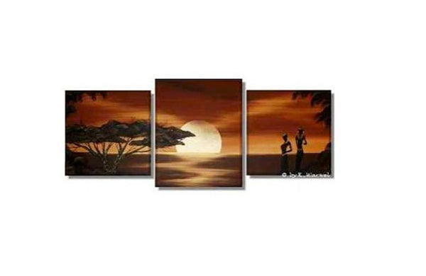 Full Moon on the Rise Canvas Art