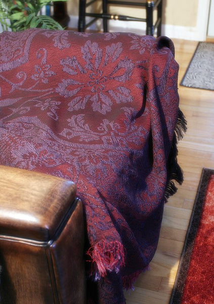 Chateau Plume Tapestry Throw