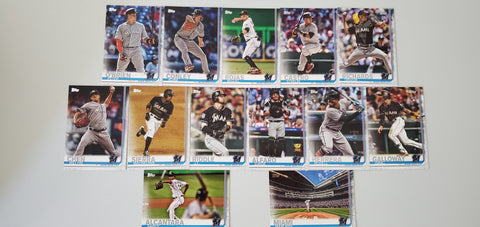 2019 Topps Series 2 Team Set Miami Marlins (13 Cards)