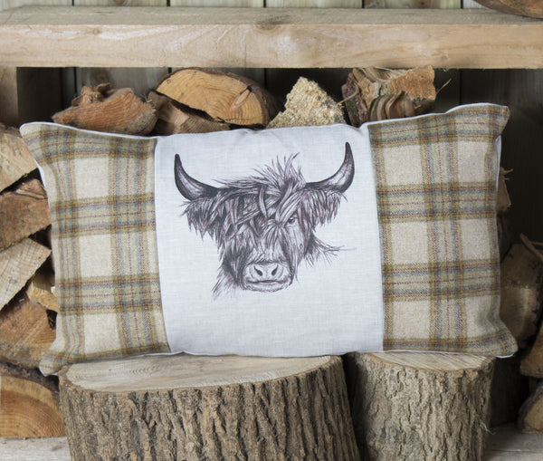Highland Cow Tweed Cushion