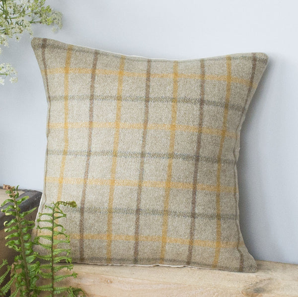 Summer Tweed Cushion