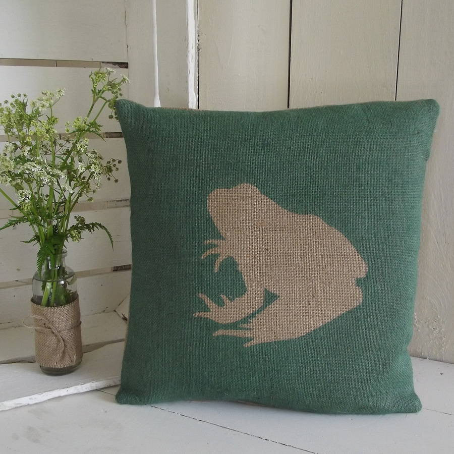 ' Rustic Frog ' Cushion (Hunter Green)