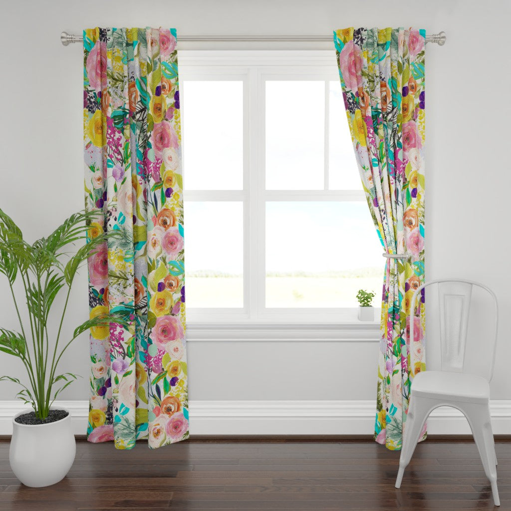 Summer Painted Blooms Print Window Curtains