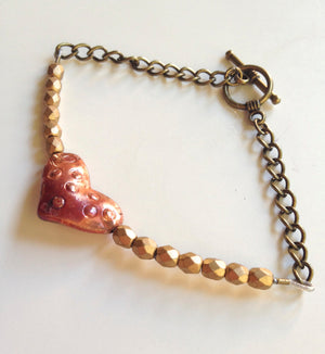 Copper Heart and Matte Gold Czech Glass Beaded Bracelet