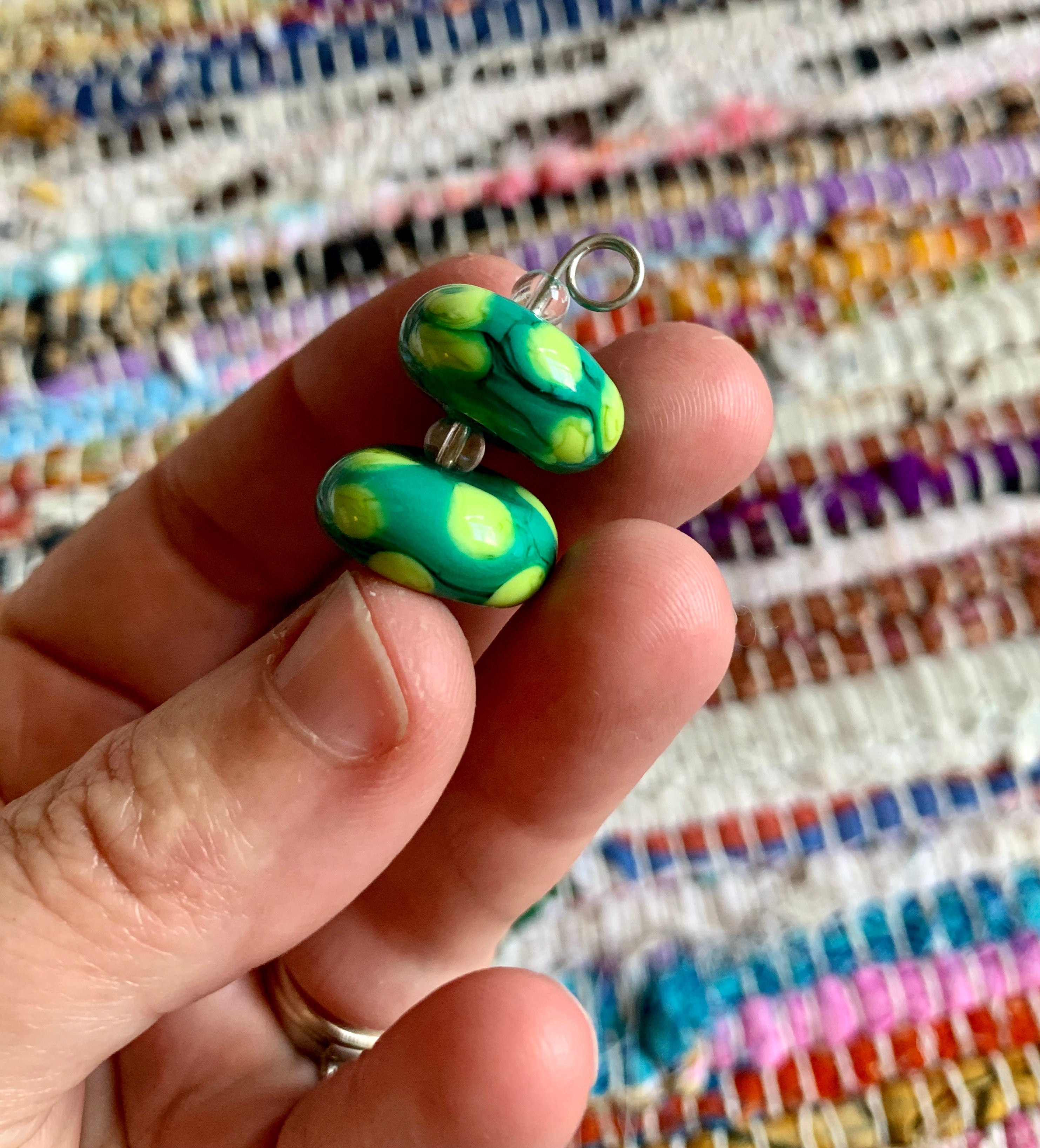 Set of 2 polka dot lampwork beads in grass green & line.