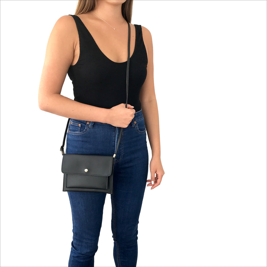 Smartphone Crossbody Bag in Black