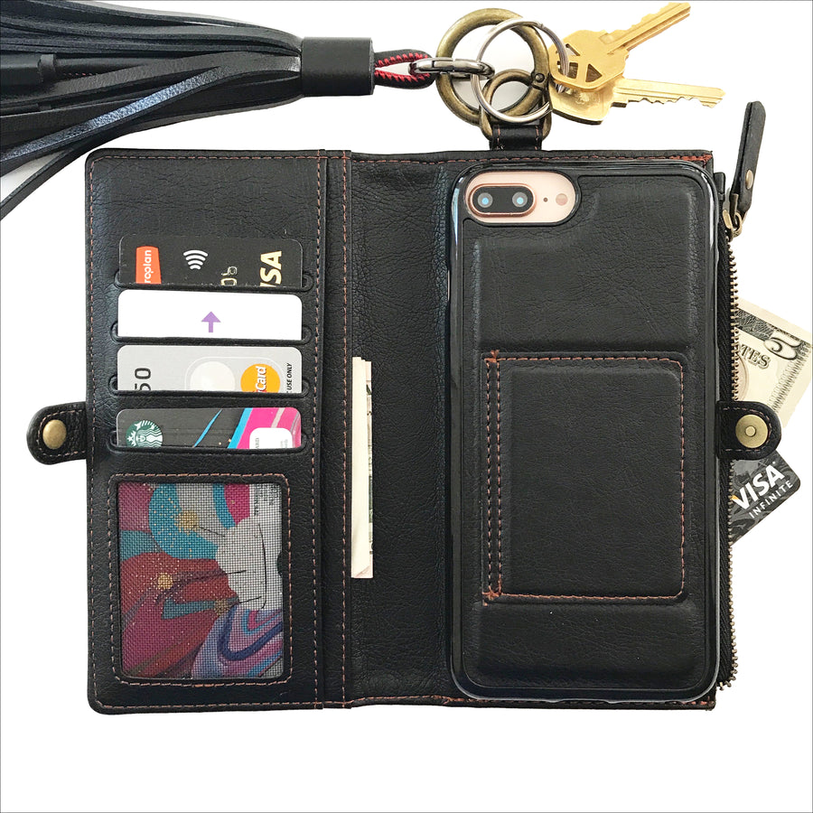 Essential Clutch Wallet Case in Onyx