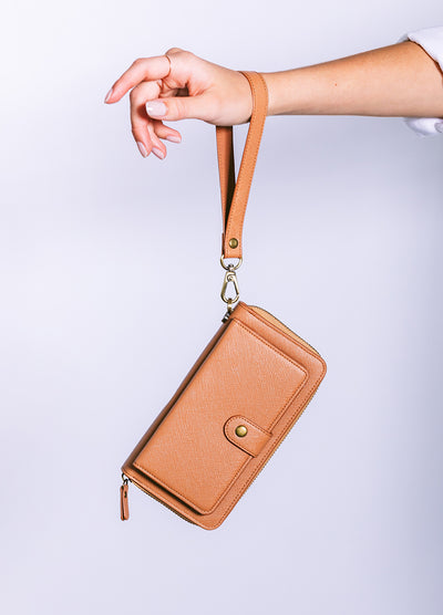 The Luxe Ultimate Wristlet Phone Case in Caramel