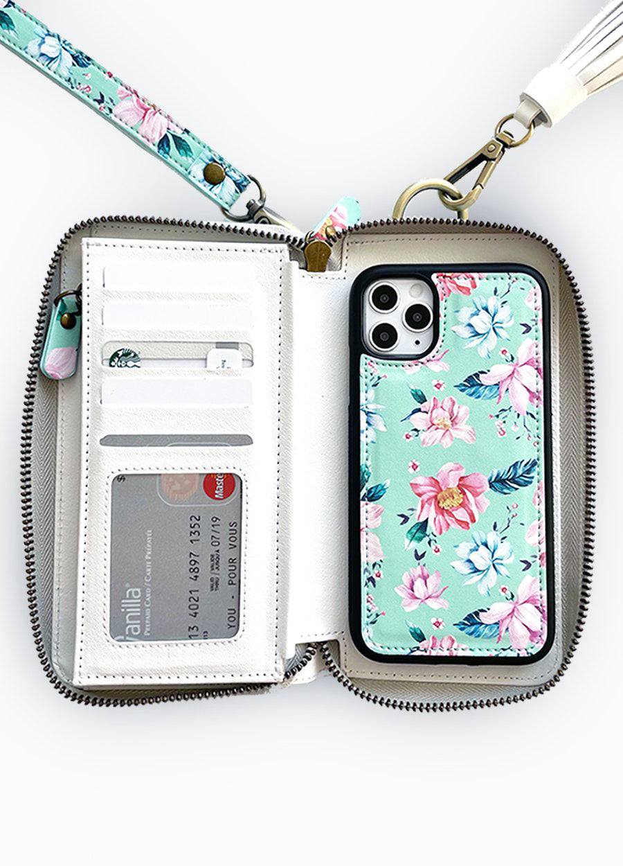 Ultimate Wristlet Phone Case in Fresh Floral