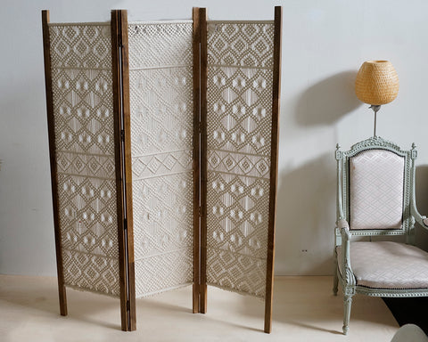 Macrame Screen
