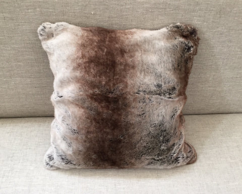 "Faux Fur 20"" Pillow"