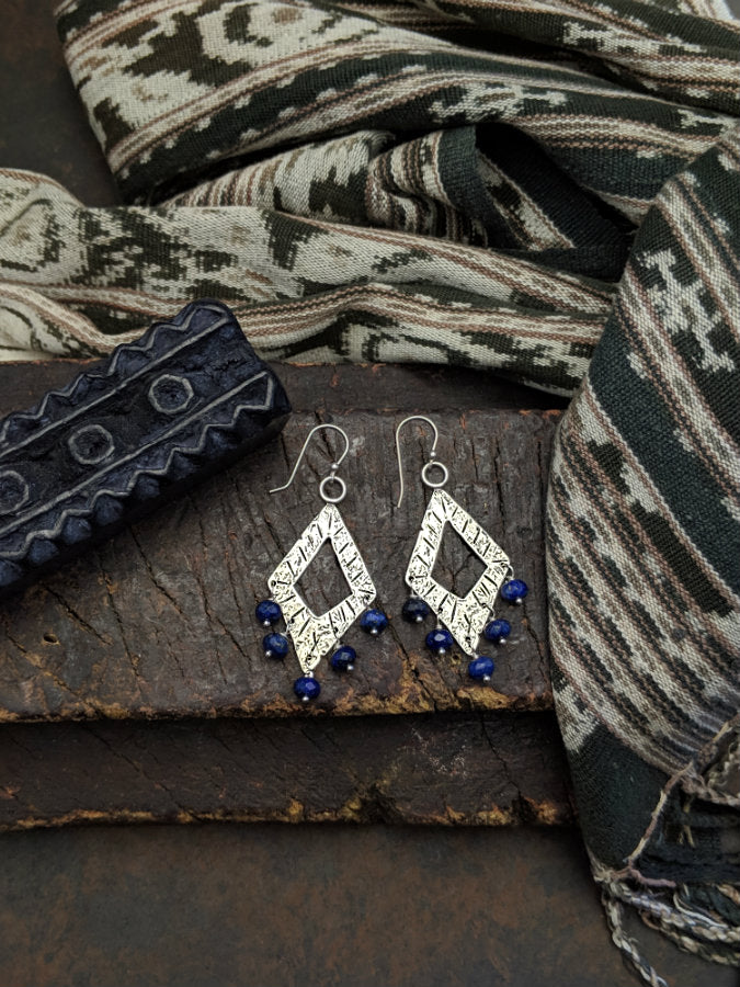 Sumer Diamond Earrings with Lapis Lazuli